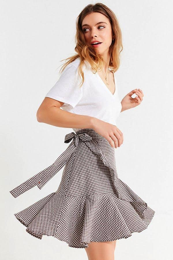 """8bad2b34d8 """"Farrow Saffron Skirt"""" ($36.99): Nothing says spring like a sweet,  blush-hued accordion skirt. Wear this one (on super sale!) with both your  winter tops AND ..."""